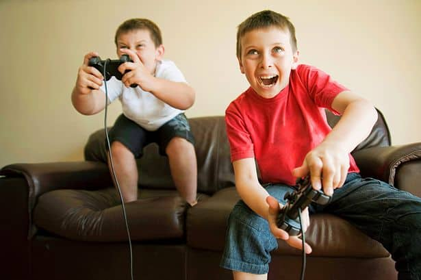 disadvantages video games essay Persuasive essay: video games teenagers today often spend a great deal of time playing video games these games are fun and engaging and young people often feel.